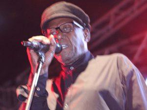 Tsepo Tshola Dies